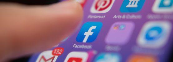 perfil nas redes sociais para conseguir emprego 555x200